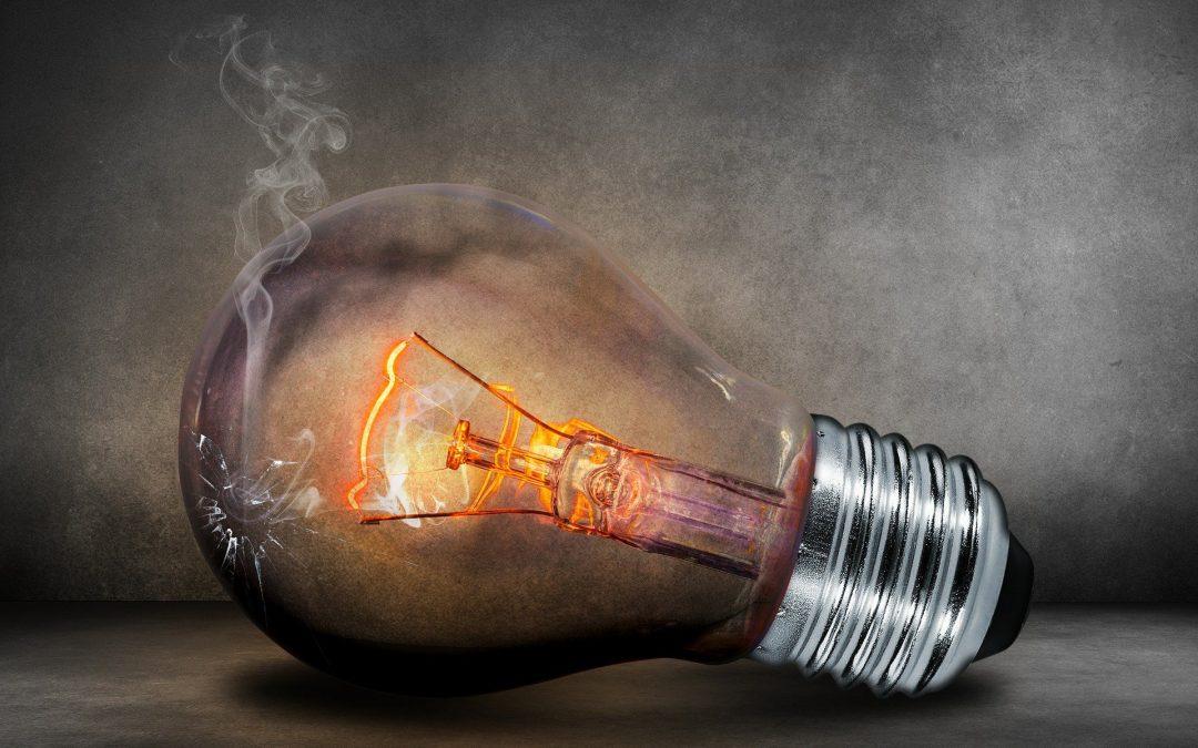 ¿Estás cansado de las constantes subidas del precio de la luz?